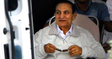 مقربون من مبارك: الرئيس الأسبق سعيد بنتائج الاستفتاء رغم عدم مشاركته 38201325125137