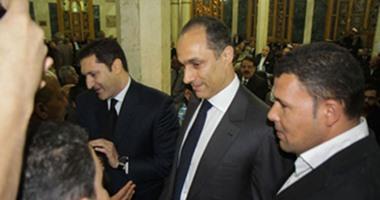 """مصدر: حضور علاء وجمال مبارك جلسة محاكمتهما بقضية""""البورصة""""غدا""""وجوبى"""""""