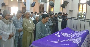 """تشييع جنازة """"زاهية"""" ضحية الإرهاب"""