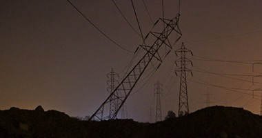 انفجارعبوة ناسفة وإبطال مفعول أخرى بقاعدة برج كهرباء فى الفيوم