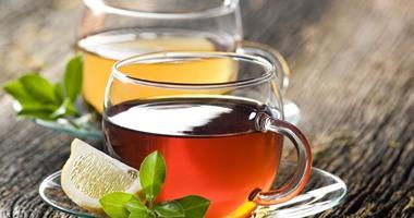 استخدم الطب البديل وعالج الاسهال بالشاى والعسل