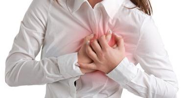 بالفيديو جراف.. 7 نصائح لحماية  المرأة العاملة مريضة القلب من المضاعفات