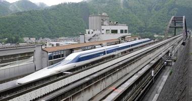 """بالصور.. القطار اليابانى """"مجاليف"""" يحطم الرقم القياسى للسرعة مجددًا"""