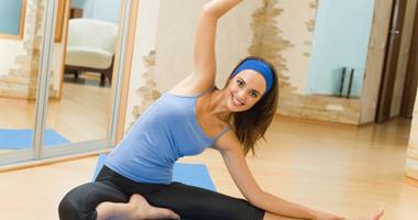 دراسة: تمارين اليوجا لا تمثل مشكلة للأم أو الجنين فى شهور الحمل الأخيرة