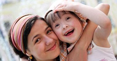 """""""فى بيتنا طفل ذو احتياجات خاصة"""".. 8 نصائح لتتخطى الأسرة هذا التحدى"""