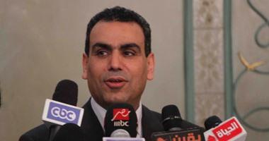 """وزير الثقافة: لم أسخر من """"تخن"""" أمينة متحف محمود و""""كلنا محتاجين نلعب رياضة"""""""