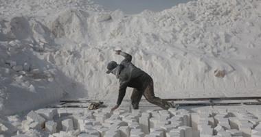 استخراج وصناعة  الحجر الجيرى من جنوب مصر