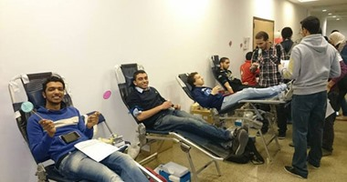 """بالصور..""""أنقذ طفل بقطرة دم""""مبادرة للتبرع لمساعدة الأطفال مرضى الفشل الكلوى"""