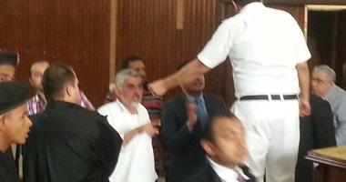 النيابة تستأنف على إخلاء سبيل 3 أمناء شرطة متهمين بالإضرار باقتصاد البلاد