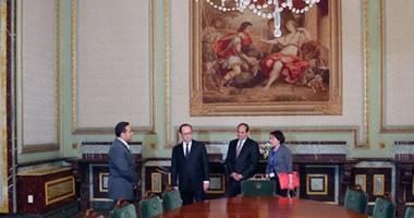 الرئيس الفرنسي يصل قصر عابدين لحضور حفل فنى بدعوة من الرئيس السيسي