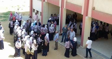 صحافة المواطن: اعتصام طالبات مدرسة ثانوية بإمبابة للمطالبة برحيل مدرس متحرش
