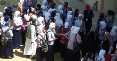 لجنة رباعية  للتعاون بين الوزارات و الأبنية لبناء 3 الآف مدرسة بعد العيد للحد من تكدس الفصول 4201620144017189254