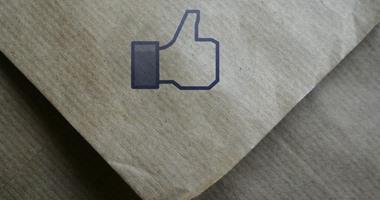"""""""فيس بوك"""" تغير من سياستها للسماح بنشر محتوى مختلف"""