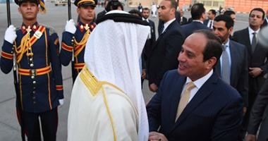بالصور.. الرئيس السيسى يستقبل محمد بن زايد بمطار القاهرة