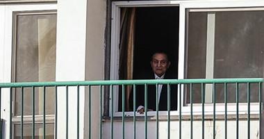 القضاء الإدارى يحيل دعوى تطالب بالعفو الشامل عن مبارك للمفوضين