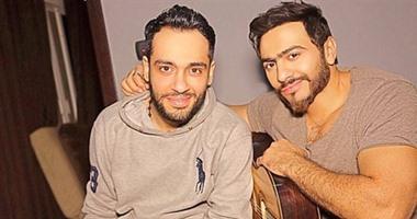 """تامر حسنى يرد على تهنئة رامى جمال بالألبوم الجديد: """"يا أبو المحترمين يا عسل"""""""