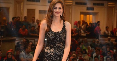 آمال ماهر تشعل حفل جامعة القاهرة بأجمل أغنياتها  اليوم السابع