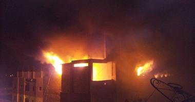 حريق هائل فى منزل 5 طوابق.. و5 سيارات إطفاء للسيطرة عليه بالمحلة