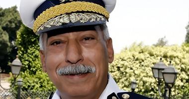 مدير أمن القاهرة يقوم بجولة مفاجئة فجرًا على أقسام القاهرة الجديدة