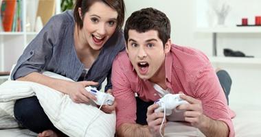 احذر.. ممارسة ألعاب الفيديو لساعات طويلة يعرضك لاضطراب النوم وتراكم الدهون