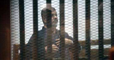"""تأجيل إعادة محاكمة مرسى بـ""""اقتحام الحدود"""" بعد سماع شهادة مبارك لـ 24 يناير"""