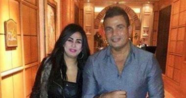 """نشطاء يتداولون صورا لبطلة """"سيب ايدى"""" مع عمرو دياب والفيشاوى وسمير غانم"""