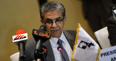 وزير البيئة يزور مصابى حادث سيناء الإرهابى بالمعادى العسكرى