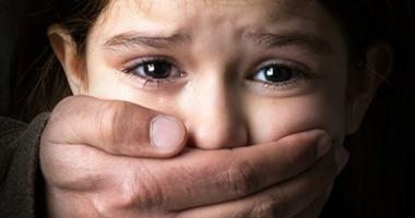 والد طفلة يتهم نجاراً مسناً بهتك عرضها بمركز طنطا