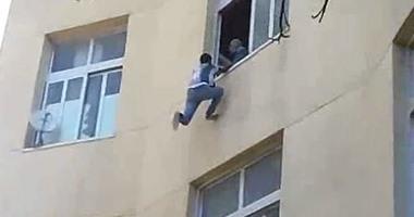 النيابة توضح سبب وفاة طفل لسقوطه من الطابق الرابع بالسلام