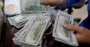 الدولار يسجل 888 قرشا فى نهاية تعاملات اليوم
