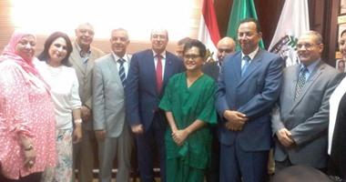 بالصور.. رئيس جامعة المنوفية يطمئن على زراعة كبد لـ 3 حالات بالمعهد القومى