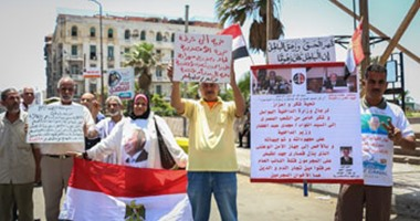 بالفيديو والصور..متظاهرو القائد إبراهيم ينعون ضحايا الطائرة المنكوبة