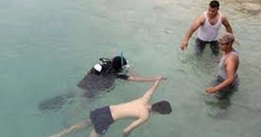 انتشال جثتى طالبين وجار البحث عن آخرى بعد غرقهما فى النيل بمركز البدارى