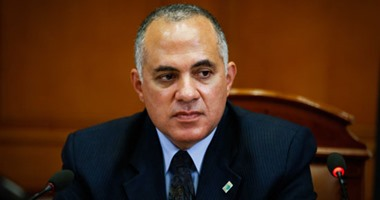 """نائب عن """"دعم مصر"""": استدعاء وزيرين لكشف حقيقة إزالة مآخذ رى 40 ألف فدان"""