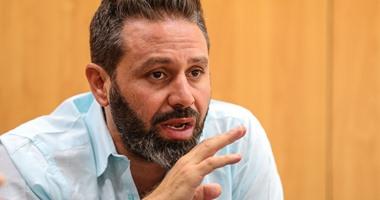 """حازم إمام يكشف موعد رحيل """"متعب"""" عن الأهلى"""