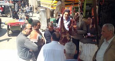 حى الساحل يحرر محاضر بيئية ضد محلات الجزارة لعدم اتباعهم اشتراطات الذبح