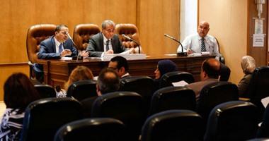 """نائب يطالب بمحاكمة محتكرى السلع الأساسية عسكريًا: """"الطبطبة متنفعش"""""""