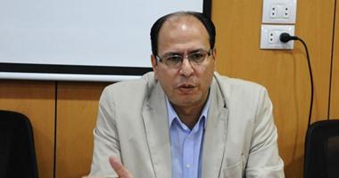 """شاهد.. عادل السنهورى يصف قرار القضاء بالتحفظ على أموال الإخوان بـ""""التاريخى"""""""