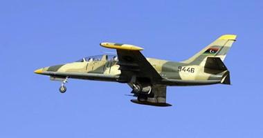 الطيران الليبى يستهدف مواقع لتنظيم  داعش  جنوب اجدابيا  اليوم السابع