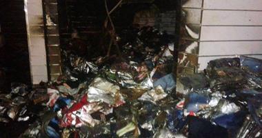 السيطرة على حريق داخل محل تجارى فى العتبة دون إصابات