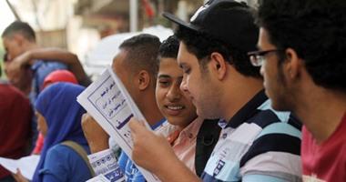 غياب900 طالب بامتحان الثانوية نظام حديث و6 قديم وإصابة طالبة بإغماء بسوهاج