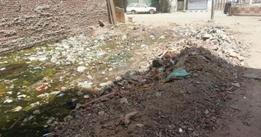 """قراء """"اليوم السابع"""": مياه الصرف تغطى قطعة أرض فى الدقهلية"""