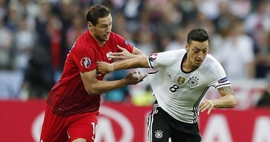 يورو 2016.. ألمانيا تسيطر على شوط سلبى أمام بولندا