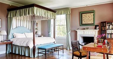 """لو بتحبى القديم.. موديلات غرف نوم هترجعك لعصر السرير بـ""""الناموسية"""""""