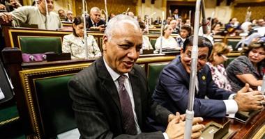 """""""مع الناس"""" تواصل توزيع سلع بأسعار رخيصة بالتعاون مع البرلمان والحكومة"""