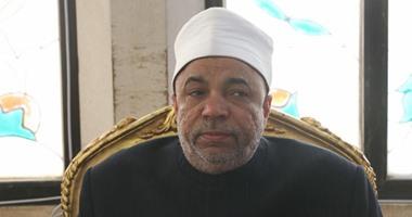 رئيس القطاع الدينى بوزارة الأوقاف يزور مصابى المنيا بمستشفى معهد ناصر