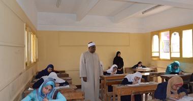 تحرير 5 محاضر غش فى  إمتحانات الازهر والغاء ندب 6 مدرسين وأفراد أمن