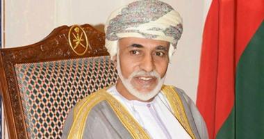 السلطان قابوس يبعث ببرقية تعزية للرئيس السيسي فى ضحايا حادث القطارين