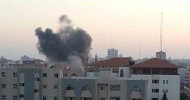 الإحتلال يقصف مبنى محافظة النيابه 72014105171.jpg