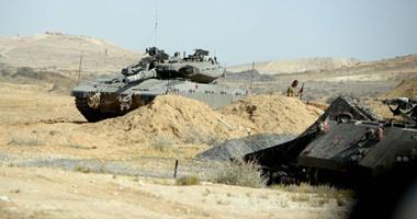 الدبابات الإسرائيلية عقب تمركزها على الحدود المصرية